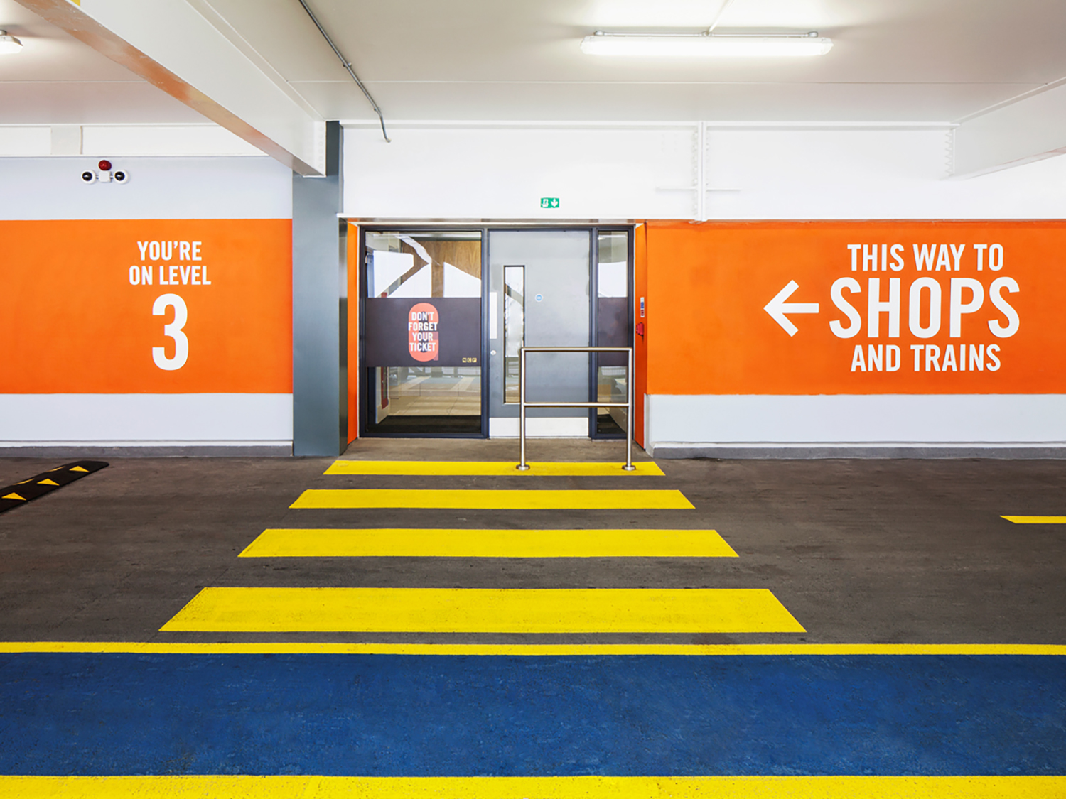Wayfinding signage suppliers – car park directions