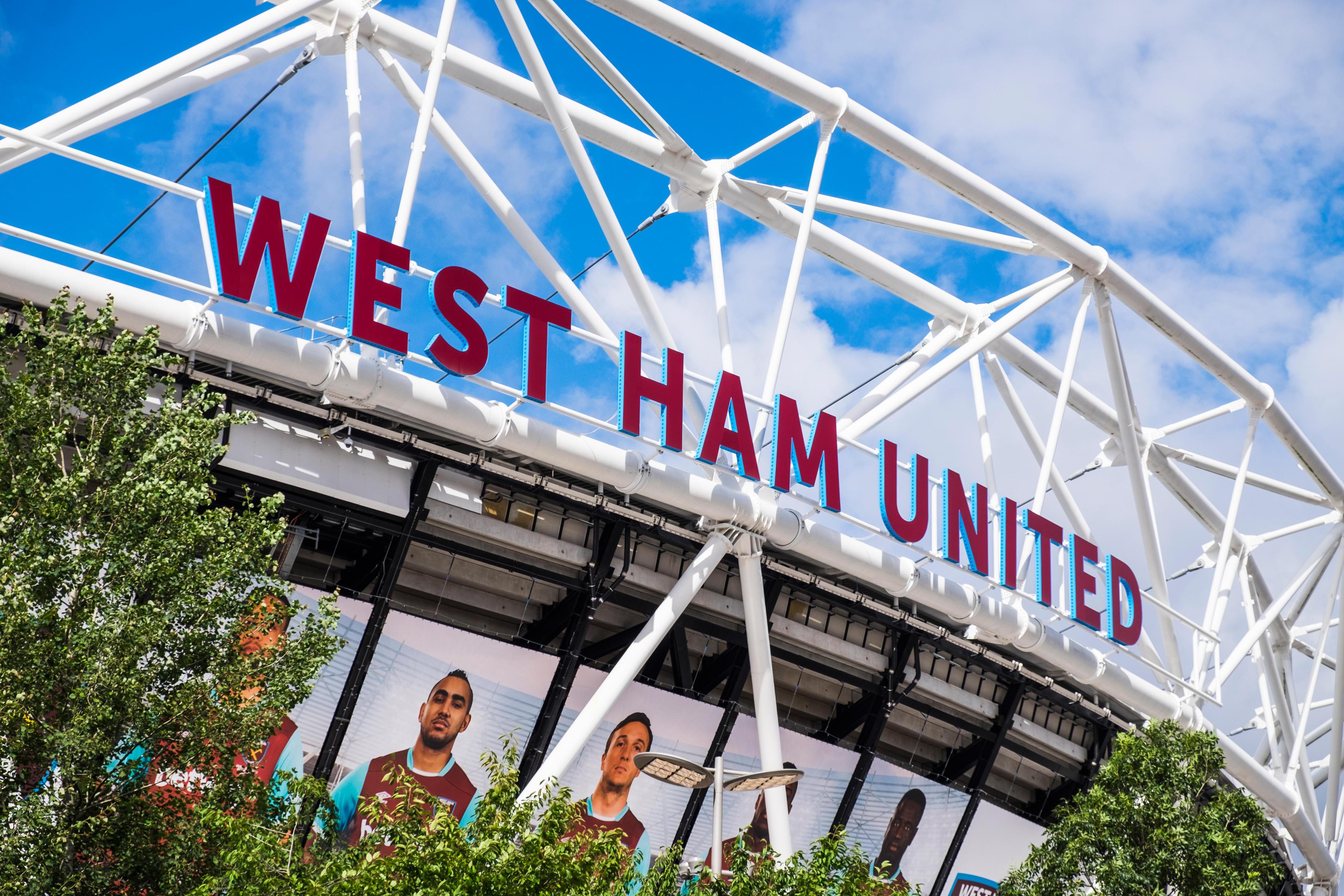 3d lettering signage – Westham United Football Stadium