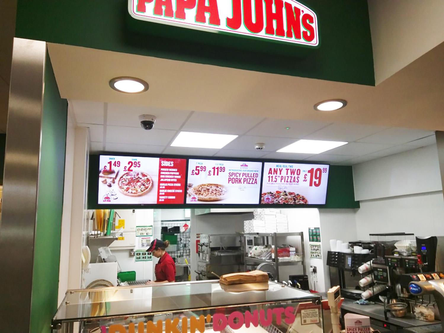 Digital menu boards fast food restaurants – Papa Johns exterior signage